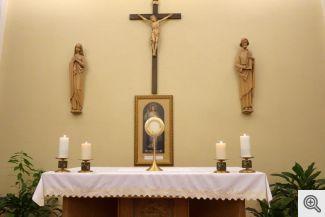 Adoration Chapel Altar 4x6 0556