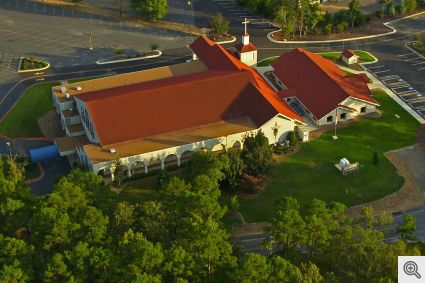 Sacred_Heart_of_Jesus_Catholic_Church_HSV__Aerial-2_1024px
