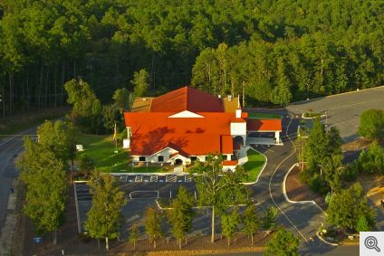 Sacred_Heart_of_Jesus_Catholic_Church_HSV__Aerial-4_1024px